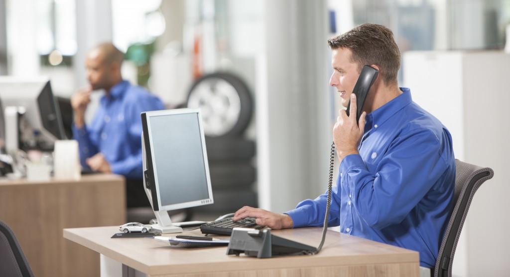 Service_advisor_telephones_2